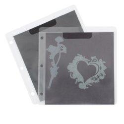 1 stk. magnetplade i klar plastiklomme til brug i opbevaringsmappen