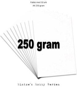 Pakke med 10 ark Playcut A4 Karton hvid – 250g.